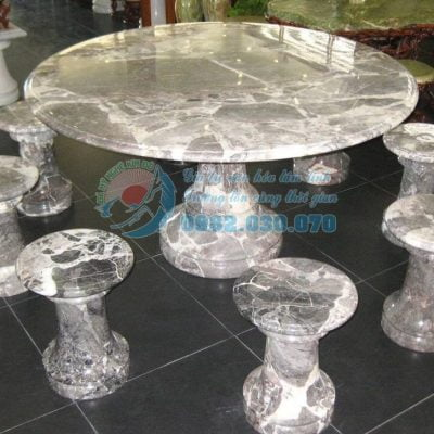 Các mẫu bàn ghế đá được ưa chuộng hiện nay