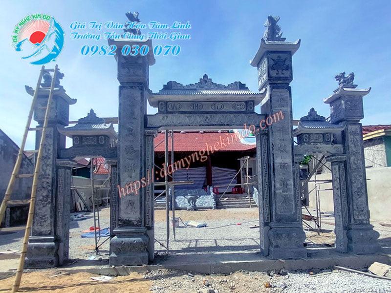 Lắp đặt Cổng đá tam quan Nhà Từ Đường Vũ Tộc T9/2021, Cổng đá tam quan, cổng đá đẹp có mái đao